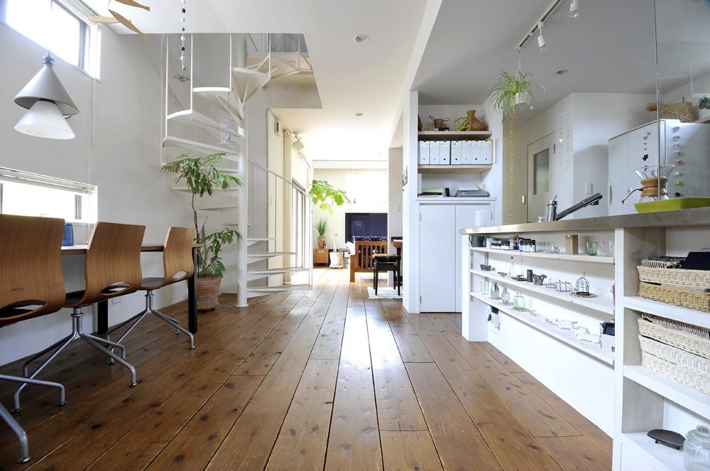 アウトドアリビング|奥さまの設計で、「カフェのような」を叶えた家